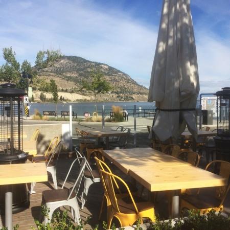 Outdoor patio | PATIO Burger & Ice Cream Co. Penticton, BC